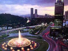 Plaza Venezuela.  Caracas, Venezuela