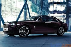 Rolls-Royce Ghost V-Specification Gama Ghost V-Specification Turismo Exterior Frontal-Lateral 4 puertas