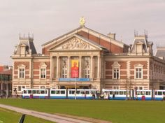 Built in the late 19th century, the home of the Royal Concertgebouw Orchestra is known for outstanding acoustics. From September to June at 12:30 p.m. Every Wednesday, there is a free 30 minute concert in the Concertgebouw. This is often a public rehearsal from world famous orchestras or ensembles that will perform, for a fee, later that evening.