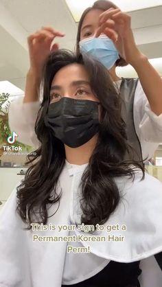 Korean Wavy Hair, Hair Korean Style, Korean Haircut Long, Korean Hairstyle Long, Asian Haircut, Korean Hairstyles, Haircuts Straight Hair, Permed Hairstyles, Metal Hair Clips