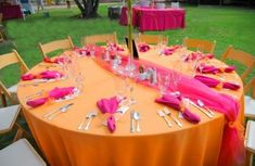 pink and orange wedding flowers - Bing Images Orange And Pink Wedding, Orange Wedding Flowers, Orange Party, Wedding Table Centerpieces, Flower Centerpieces, Wedding Decorations, Birthday Decorations, Wedding Wishes, Our Wedding