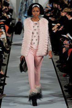 Oscar de la Renta Fall 2012 Ready-to-Wear Collection Photos - Vogue