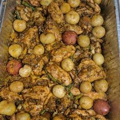 Great recipe for Baked Curry Chicken Wings. Tired of making curry chicken the classic way? Baking the chicken wings gave this recipe a great twist! Curry Chicken Wings Recipe, Baked Curry Chicken, Baked Chicken Wings, Baked Chicken Recipes, Fried Chicken, Guyanese Recipes, Curry Goat, Jamaican Dishes, Curry Dishes