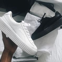 Sneakers women - Puma Fenty (©aude_julie) https://ladieshighheelshoes.blogspot.com/2016/11/holiday-sale.html