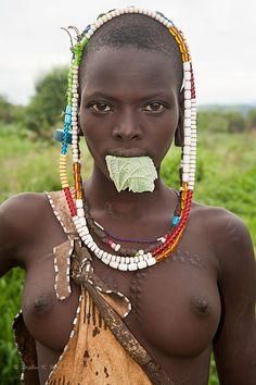 Невесты африканских племён порно видео