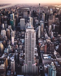 Empire state building by craigsbeds
