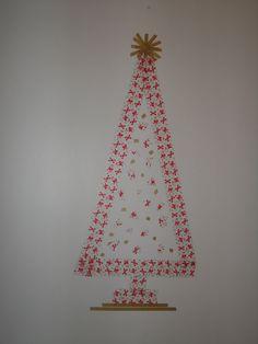 y este arbolito lo hice sobre la pared para decorar la cocina.  www.washitape.com.mx
