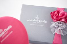 Honolulu Cookie Company Valentine's Collection 2015 - Classic Gift Box Detail