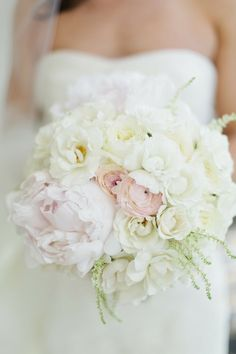 Featured Photo: Debra Eby Photography; Delicate Wedding Bridal Bouquets to Make You Wow. To see more: http://www.modwedding.com/2014/03/28/delicate-wedding-bridal-bouquets-to-make-you-wow/  #wedding #weddings #bouquet