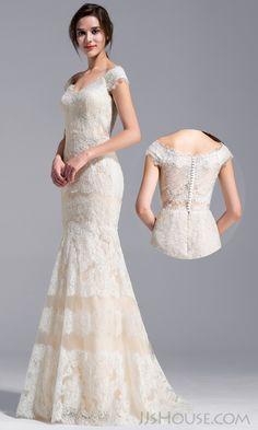 Delicate all lace wedding dress. #JJsHouse #JJsHouseWeddingDress