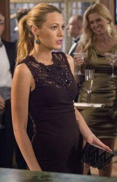 6x09. Serena's Emilio Pucci black lace top dress and chevron/zig zag clutch on Gossip Girl.  Outfit Details: http://wornontv.net/8731/ #GossipGirl