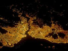 9 Incredible Pictures of City Lights From Space Places To Travel, Places To See, Travel Destinations, Journey, Light And Space, Earth From Space, Life Is An Adventure, City Lights, Night Lights