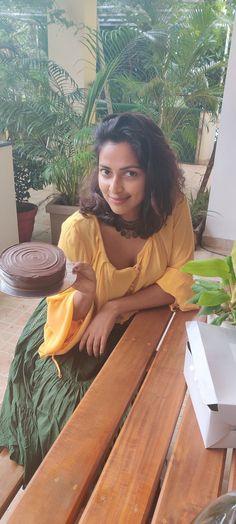 Amala Paul Photographs HAPPY PARSHURAM JAYANTI STATUS SHAYARI IMAGES, GREETINGS, WHATSAPP STATUS PHOTO GALLERY  | HINDIJAANKAARI.IN  #EDUCRATSWEB 2020-04-24 hindijaankaari.in https://hindijaankaari.in/wp-content/uploads/2018/04/Parshuram_jayanti_images_hd.jpg