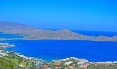 Eloundan kylä on lyhyen ajomatkan päässä Agios Nikolaoksesta. Lapsiystävällinen ranta kutsuu koko perheen päiväretkelle. #Elounda #Kreeta #Aurinkomatkalla #Aurinkomatkat #matkailu