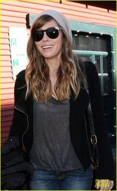 Jessica Biel's hair, I'm loving it!!