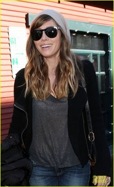 Jessica Biel's hair, I'm loving it!!