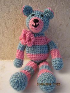 Tiny crochet bear