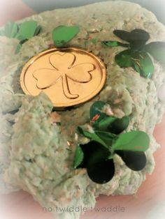 Make Shamrock Skin Therapy Play Dough - this recipe has no salt, is no cook, and takes under 5 minutes to make.