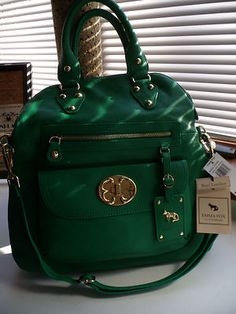 Emma Fox Genuine Leather Fold Over Satchel Clover.must find! My Bags, Purses And Bags, Emma Fox, Fox Bag, Green Handbag, Beautiful Bags, Tote Handbags, Confessions, Girly Things