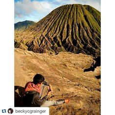 #Repost @beckycgrainger with @repostapp  Our guide in Java just taking in the spectacular volcanic scenery. #travel #traveling #travelgram #instatravel #instalike #instalove #instagood #instadaily #photooftheday #explore #adventure #nature #landscape #chilling #wanderlust #clouds #vsco #vscocam #beautiful #etgholiday #holiday #vacation #indonesia #java #talestreet