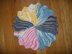 Scaps and heirlooms round dishcloth free knitting pattern ravelry round dishcloth pattern by amy carpenter dt1010fo