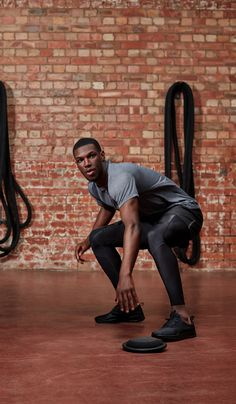 SKINS compression clothing: The world's most advanced range of sports compression wear for performance and recovery. Compression Clothing, Sport Style, Sport Fashion, Leather Pants, Tights, Style Inspiration, Workout, My Style, Fitness