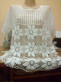 Филейное вязание крючком . — Архив 2017 . Наши творения -одежда в филейной технике (Обязательно подписывайте фото ) | OK.RU Crochet T Shirts, Crochet Blouse, Crochet Top, Crochet Shoes, Crochet Clothes, Thread Crochet, Needle And Thread, Sewing Patterns, Crochet Patterns