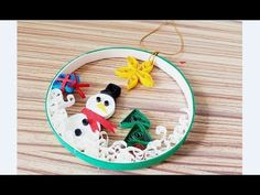 Quilling of Christmas Ideas -Christmas Decoration- Easy & Simple Christmas desig. Arte Quilling, Paper Quilling Designs, Quilling Jewelry, Quilling Paper Craft, Quilling Patterns, Easy Christmas Decorations, Diy Christmas Cards, Christmas Art, Simple Christmas