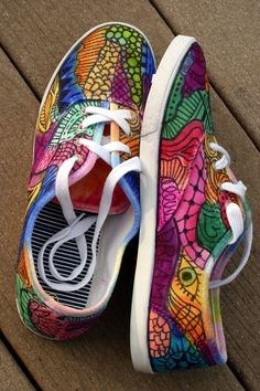 Zentangle shoes.  DIY easily.  Find a Zentangle tutorial online or YouTube, and get busy.  I would SO wear these! Zentangle Shoes by Mercedes Dillet