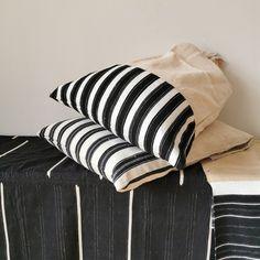 Textiles, Throw Pillows, Vintage, Fashion, Moda, Toss Pillows, Cushions, Fashion Styles, Decorative Pillows
