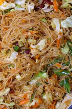 Pancit Bihon is a Filipino noodle dish that incorporates vegetables and meat. I find the style of pancit I make is a pretty simple, basic… Chicken Pancit Recipe, Pancit Bihon Recipe, Vegetable Salad, Filipino Noodles, Filipino Pancit, Lumpia Recipe Filipino, Asian Noodles, Comida Filipina, Recipes