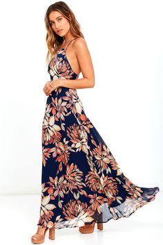 Orange and black maxi dress on fashion trend seeker
