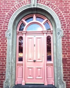 "118 Likes, 9 Comments - Ilana- The Lens And I (@thelensandi) on Instagram: ""Pink doors """