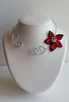 bf4a058a546 collier fleur rouge et noir collier ras de cou  collier mariages colliers  soirées