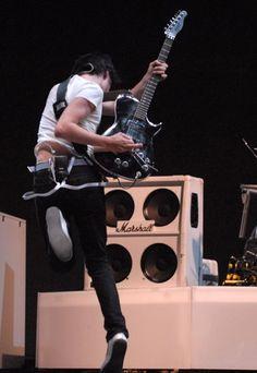 MATT BELLAMY live ... We all know, he is AMAZING <3 #MattBellamy  #Muse