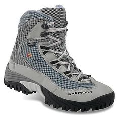 Garmont Momentum Snow GTX Boot Womens Azure 55 *** Learn more by visiting the image link. (This is an affiliate link) Winter Hiking Boots, Best Hiking Boots, Hiking Gear, Trekking Shoes, Hiking Shoes, Insulated Boots, Mens Gear, Cool Boots, Ugg Boots