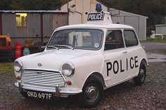 I wonder which police force was fortunate enough to have MkII Austin Mini Coopers in Emergency Vehicles, Police Vehicles, Classic Mini, Classic Cars, British Police Cars, Jaguar, Mini Morris, Mustang, Bike Equipment