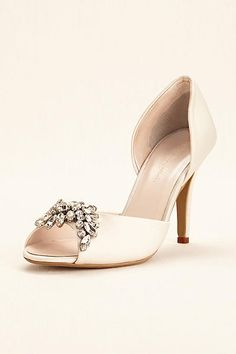 Wonder by Jenny Packham Peep Toe Pump JP650032. https://de.pinterest