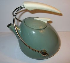 50s Atomic Tea Kettle!!!