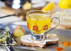 Hemsley and Hemsley Pep Up Tea Healthy Eating Recipes, Healthy Drinks, Cooking Recipes, Clean Recipes, Healthy Tips, Healthy Foods, Hemsley And Hemsley, Turmeric Tea, Fresh Turmeric