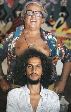 Tropicalismo na veia: Caetano Veloso e Chacrinha