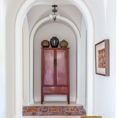 35 Ideas for wall paneling hallway light fixtures Hallway Light Fixtures, Hallway Lighting, Furniture Inspiration, Interior Inspiration, Furniture Ideas, Design Inspiration, Red Painted Furniture, Stone Interior, Florida Design