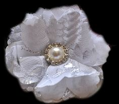 love this lace flower!