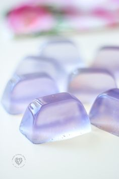 LAVENDER SOAP JELLIES! Wiggly, jiggly, foaming soap cubes that smell SO GOOD! Can be used in the bath, shower, or as hand soap. These are fun to make and even fun to use! #SoapJellies #lavender #BathJellies