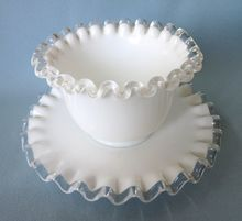 Fenton Silver Crest White Mayonnaise Bowl With Underplate