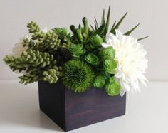 tall modern floral arrangements - Google Search