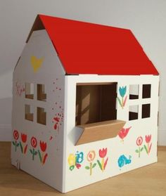 Cardboard or wooden play house. Painted I adore this for my little girl called beau Cardboard Houses For Kids, Cardboard Box Houses, Cardboard Box Crafts, Cardboard Playhouse, Diy For Kids, Crafts For Kids, Diy Karton, Deco Kids, Diy Box