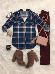 Penny Plaid Flannel Top: Teal/Blush top can be worn as long sleeves or a top. It is so very soft and comfy! This is a soft stretchy awesome material! Fall Family Photo Outfits, Fall Family Photos, Fall Winter Outfits, Autumn Winter Fashion, Winter Clothes, Spring Outfits, Cold Weather Leggings, Cold Weather Outfits, Teacher Wear