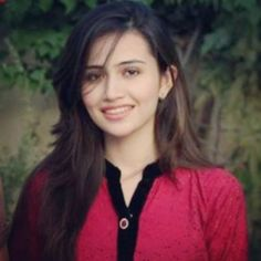 Sana Javed is one of the cutest faces of Pakistani industry. She is an attractive TV actress and model of Pakistan, who has played important roles in many famous serials