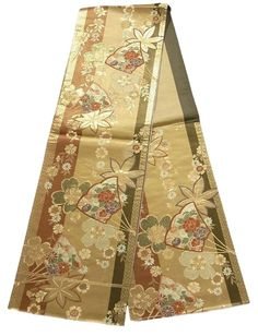This is a gorgeous Fukuro obi with seasonal flowers such as 'Botan'(peony), 'Kiku'(chrysanthemum) and 'Tachibana' (Japanese green citrus) on fan, maple and 'Sakura'(cherry blossom) pattern, which is woven.